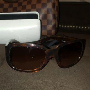 Vesace shades